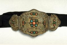 Mongolia | Belt buckle; silver, coral, turquoise and silk | 1900 - 1950, Ordos Fashion Belts, Fashion Accessories, Bohemian Style, Boho Chic, Mongolia, Historical Clothing, Traditional Design, Belt Buckles, Old Things