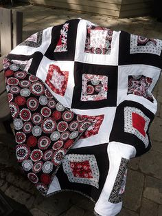 Red, White, and Black... oohh hubby was just asking for a UGA blanket. I think this would be beautiful!