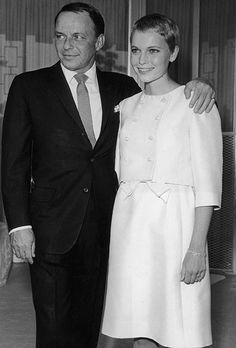 Mia Farrow marries Frank Sinatra, 1966   Berühmte Brautpaare . famous grooms and brides   Rheinland . Eifel . Koblenz . Gut Nettehammer  