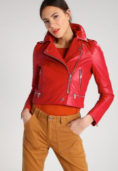 Women s Leather Jacket Biker Motorcycle Style Slim fit Soft Lambskin Red 156 Coats For Women, Jackets For Women, Leather Shorts, Leather Jackets, Leather Dresses, Blond, Red Leather, Fashion Outfits, Women's Fashion
