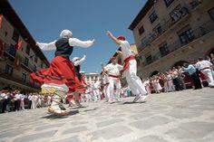 Baile de la era. Gares. Navarra. Gares Typical dance. Navarre