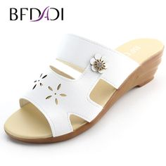 BFDADI Summer new fashion platform sandals women Hollow out flower with Rhinestone lady slipper slope comfort wedges sandals B-1