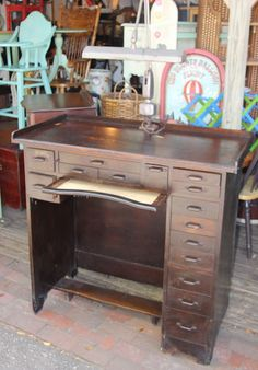 On our recent trip to Renninger's in Mount Dora, I was excited to stumble upon a great antique jeweler's desk! Pottery Barn had intro. Jewelers Workbench, Industrial Workbench, Jewellers Bench, Yard Sale, Metal Clay, Home Living Room, Pottery Barn, Metal Working, New Homes