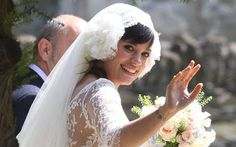 Lily Allen married her builder fiancé at a ceremony in the Cotswolds countryside