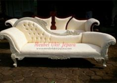 victorian chaise gold white 1195 chaise lounge
