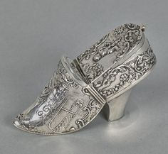 Dutch silver snuff box, late 19th c.,