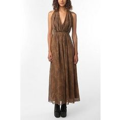 It's not everyday you see a dress like this.  But if I had a dress like this I'd wear it everyday.