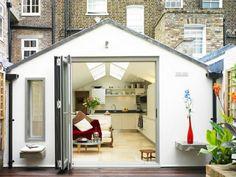 transformer garage en habitation cuisine en couleurs claires