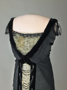 Edith Bolling Wilson (close-up of bodice)   he Fashionable First Lady
