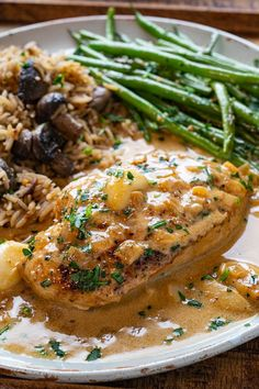 Skillet chicken in a creamy garlic sauce with whole cloves of mellow garlic! Turkey Recipes, Veggie Recipes, Chicken Recipes, Dinner Recipes, Cooking Recipes, Healthy Recipes, Healthy Food, Skillet Chicken, Garlic Chicken