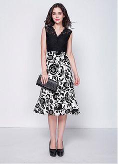 In Stock Elegant Lace V-neck A-line Floral Cocktail Dress Mini Club Dresses 95d56e8c700c