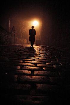 O espírito do film noir - suspense / The spirit of film noir - thriller | Laurence Winram