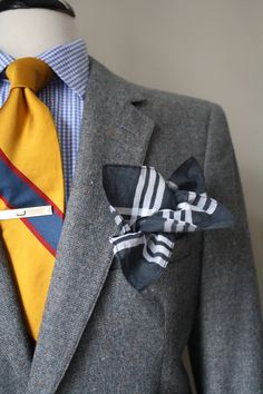 Minoring in details, Majoring in style Moda Do Momento, Tie And Pocket Square, Pocket Squares, Suit Up, Gq Style, Looking Dapper, Boys Wear, Well Dressed Men, Mens Suits