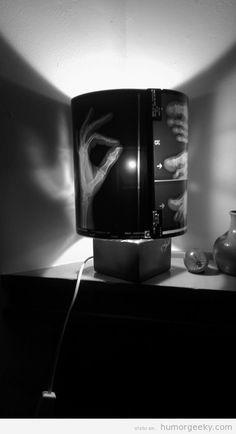 Lámpara reciclada con radiografía
