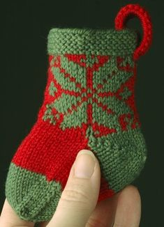 More Christmas Stockings to Knit – 18 free patterns – Grandmother's Pattern Book