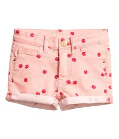 Short, shorts in stretch twill with an adjustable elasticized waistband and zip fly with button. Baby Girl Jeans, Girls Jeans, Cute Girl Outfits, Cute Outfits For Kids, H&m Kids, Cute Kids, Luxury Baby Clothes, Baby Necessities, Shorts With Pockets