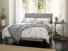 The Lily Bedstead in Silver