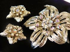 Hey, I found this really awesome Etsy listing at https://www.etsy.com/listing/246380858/1950s-coro-demi-parure-rhinestone-brooch
