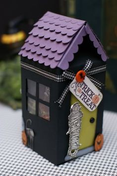 Haunted Milk Carton, for other seasons...Santa's workshop, Easter bunny house, etc.