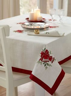 This Pin was discovered by Leo Red Christmas, Christmas Crafts, Christmas Decorations, Christmas Ornaments, Holiday Decor, Christmas Table Cloth, Christmas Table Settings, Christmas Embroidery, Decoration Table