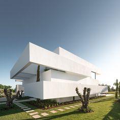 Five Terraces and a Garden | Filipe Paixão | Corpo Atelier | 2015   image © Ricardo Oliveira Alves  Vilamoura, 8125 Quarteira  #Portugal