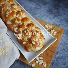 Fotografie receptu: Šlehačková vánočka Sweet Bread, Hawaiian Pizza, Bellisima, French Toast, Food And Drink, Breakfast, Kitchen, Advent, Top