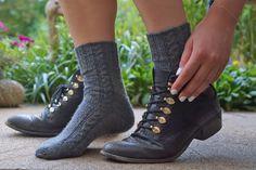 Knit socks with the sock wonder from addi – Instructions – socken stricken Knitting Socks, Knit Socks, Drops Design, Ankle Socks, Combat Boots, Slippers, Shoes, Body Art, Blog