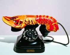 We're staying unique so you can Artists: Salvador Dali, Edward James Piece: Lobster Telephone Created: 1936 Period: Surrealism Genre: Kinetic art Tristan Tzara, Salvador Dali, Foto Poster, Tate Britain, Jasper Johns, David Hockney, Man Ray, Surreal Art, Landline Phone
