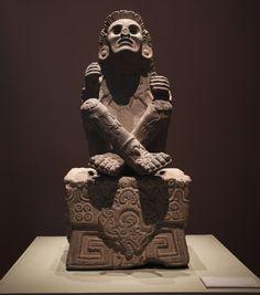 Xochipilli, Dios de la danza y el arte. Fue encontrado en Tlalmanalco, en el Estado de México. Se encuentra en la sala Mexica  SAÚL RUIZ