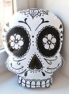 Calavera cushion pillow Dia de los Muertos skull