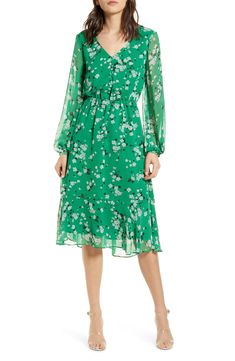 cupcakes and cashmere Rosalia Floral Print Long Sleeve Dress | Nordstrom Green Outfits For Women, Summer Outfits, Green Midi Dress, Long Sleeve Midi Dress, Dot Dress, Nordstrom Dresses, Affordable Fashion, Dresses Online, Fashion Dresses