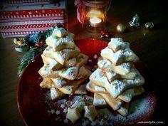 χριστουγεννιάτικα μπισκότα Christmas Biscuits, Christmas Mood, Sweets Recipes, Greek Recipes, Biscotti, Waffles, Deserts, Pie, Homemade