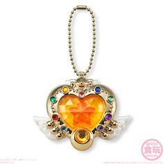 Sailor Moon Gets Round of Candy Compacts - Interest - Anime News Network Sailor Moon Toys, Sailor Moon Collectibles, Gothic, Anime News Network, Hello Kitty, Sailor Moon Crystal, Kawaii Shop, Kpop, Magical Girl