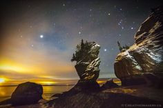 Creative Imagery - Hopewell Rocks Night Photography Excursion, Hopewell Cape Picture: Jupiter rising in Cut-off Cove - Check out Tripadvisor members' 53 candid photos and videos. Jupiter Rising, Hopewell Rocks, Still Frame, Weather Network, Night Photography, Coups, Stargazing, Night Skies, The Rock
