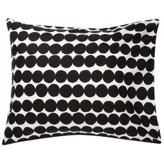 Marimekko's Räsymatto pillowcase features Maija Louekari's lovely pattern in black and white. Räsymatto, Finnish for rag rug, depicts the texture of traditional rag rugs with a pleasant feel of nostalgia.