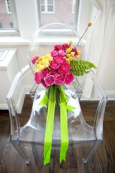 bouquet tied with neon ribbon and tulle Affordable Wedding Flowers, Modern Wedding Flowers, Winter Wedding Flowers, Wedding Flower Decorations, Bridal Flowers, Flower Centerpieces, Flower Bouquet Wedding, Flower Arrangements, Floral Chandelier