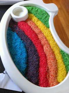 Colouring Rice - Laughing Kids Learn