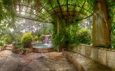 Anastasia's Secret Garden