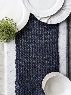 Neulo kaitaliina paperilangasta. Se on sekä kaunis että käytännöllinen. Kokeile helppoa ohjetta!