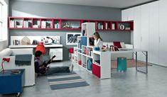 muchas estanterías para el dormitorio del chico adolescente
