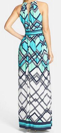 Gorgeous print maxi dress http://rstyle.me/n/g84g8nyg6