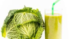 Smoothies have grown very popular over the years, with fruit smoothies being at the top of the list of favorite beverages. Many people already consume fruit smoothies regularly and have praised the… Juice Smoothie, Fruit Smoothies, Healthy Food Alternatives, Healthy Recipes, Snacks Recipes, Juice Recipes, Cabbage Health Benefits, Healthy Summer Snacks, Cabbage Juice