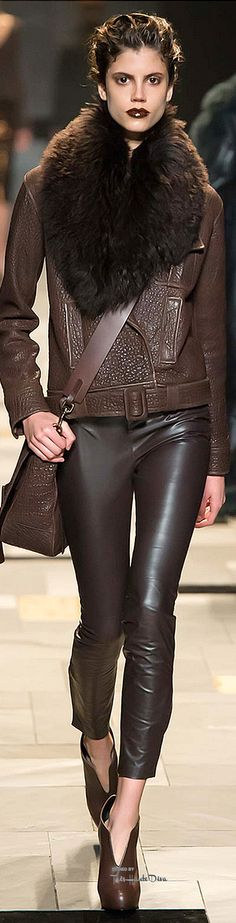 #MFW Trussardi Fall 2015 RTW ♔THD♔ More of this collection on my Milan Fall 2015 Board.