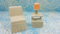 Superior painted Armless chair and Lamp table soft Plastic Toy Dollhouse Contemporary Style Bed room Tan Peach