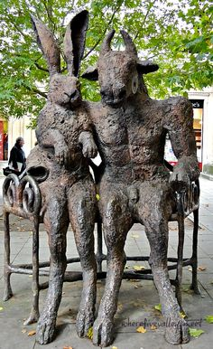 This is a piece of sculpture by Sophie Ryder showing a Minotaur and Hare. Sophie lives in the Cotswolds but is an internationally recognized sculptor. Sophie Ryder, Cheltenham Spa, Art In The Park, The Minotaur, Bunny Art, Weird Art, Woodland Creatures, Outdoor Art, Public Art