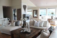 maravilla spiegel maravilla the art of living spiegel mit einfassung aus mattsilberfarbenem. Black Bedroom Furniture Sets. Home Design Ideas