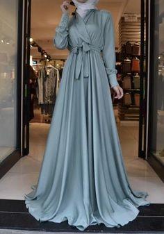 Modest Fashion Hijab, Modern Hijab Fashion, Muslim Women Fashion, Fashion Dresses, Fashion Muslimah, Hijab Gown, Hijab Evening Dress, Hijab Dress Party, Muslim Evening Dresses