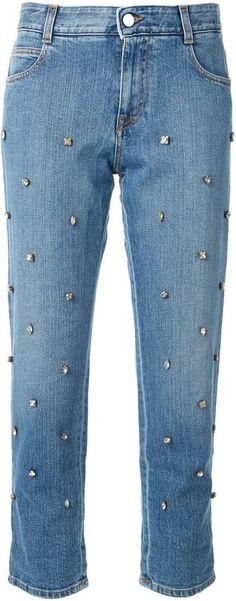 €819, Blaue verzierte Jeans von Stella McCartney. Online-Shop: farfetch.com. Klicken Sie hier für mehr Informationen: https://lookastic.com/women/shop_items/66151/redirect