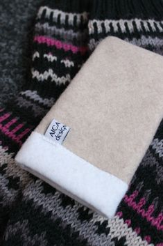 Sweet things: With love Knitting Socks, Money Clip, Hedgehog, Wallet, Love, Sweet, Design, Feltro, Knit Socks