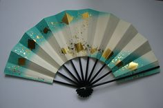 Vintage Japanese, Japanese Art, Parasols, Umbrellas, 43 Things, Fantasy Bedroom, Chinese Fans, Fan Decoration, Vintage Fans